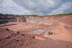 Mina de la mina de la roca del pórfido taladradora en una mina Imagenes de archivo