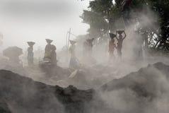 Mina de la trituradora en la India fotos de archivo