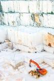 Mina de mármol blanca Carrara, Italia Foto de archivo libre de regalías