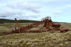 Mina de oro abandonada en el lago Lago Blanco Imágenes de archivo libres de regalías
