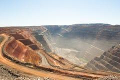Mina de ouro aberta do corte do poço super de Kalgoorlie da vista aérea Foto de Stock