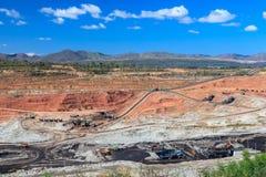 Mina do lignite do poço aberto imagem de stock