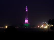 Minar e巴基斯坦,拉合尔在晚上 库存图片