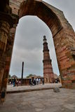 minar qutbtorn delhi india Royaltyfri Bild