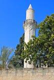 Minaret av den Grans moskén, Djami Kebir, som den kallas, i Larnaca, Cypern arkivfoton