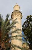 Minaret av den Grans mosk?n Djami Kebir, som den kallas i Larnaca, Cypern arkivbilder
