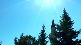 minaret in de zon stock videobeelden