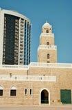 Minarete do estilo antigo da mesquita de Ajman Foto de Stock Royalty Free