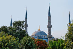 Minaretes da mesquita azul em Istambul Foto de Stock Royalty Free