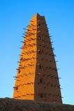 Minareto della moschea del fango in Agadez Fotografie Stock Libere da Diritti