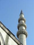 Minareto di nuova moschea Fotografie Stock