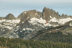 Minarets célèbres de Mammoth Mountain, la Californie photos stock