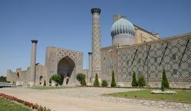 Minarets de Registan, Samarkand images stock