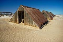 Minas del diamante de Namibia - alojamientos abandonados de los trabajadores fotos de archivo libres de regalías