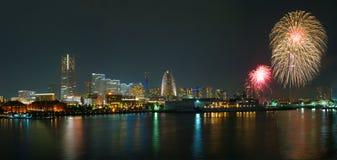 Minato Mirai dos fogos de artifício fotos de stock royalty free