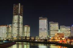 Minatomirai 21 Bereich in der Dämmerung in Yokohama, Japan Lizenzfreie Stockbilder