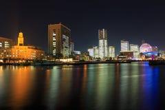 Minatomirai 21 Bereich in der Dämmerung in Yokohama, Japan Lizenzfreie Stockfotos