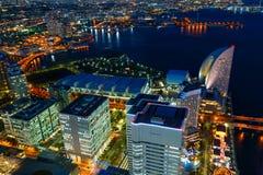 Minatomirai teren Z drapaczami chmur w wieczór Yokohama Niedalekim porcie Obraz Royalty Free