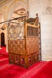 Minbar de madera, púlpito del sermón de los tiempos del otomano Foto de archivo