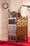 Minbar de madera, púlpito del sermón de los tiempos del otomano Fotografía de archivo