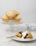 Mince pie con crema Immagine Stock