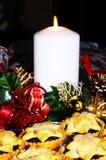 Mince pie con gli ornamenti di Natale Immagine Stock Libera da Diritti