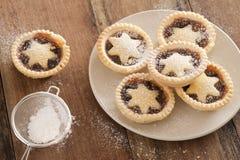 Mince pie deliziosi di Natale con le stelle Fotografia Stock