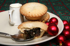 Mince Pies 10. A tasty display of festive Christmas moince pies on a plate stock image