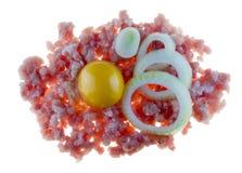 Mincemeat, cebolas e yolk de ovo imagens de stock