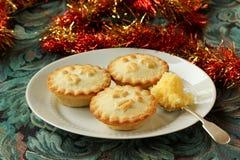 Minces pies, et beurre d'eau-de-vie fine Photo stock
