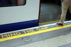 MIND THE GAP - LONDON UNDERGROUND Royalty Free Stock Photos