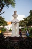 Mindelo staty av Luis Vaz de Camoes, Kap Verde Royaltyfri Bild