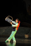 Minderheits-Bambustanz-Jiangxi-Oper eine Laufgewichtswaage Lizenzfreies Stockbild