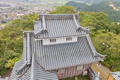 Mindre donjon av den Echizen Ohno slotten i Ohno, Japan Royaltyfri Foto