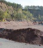 Mine active de carrière des roches de porphyre creuser Images libres de droits