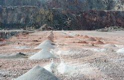 Mine active de carrière des roches de porphyre creuser Photographie stock