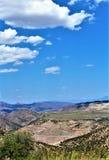 Mine d'oiseau bleu, réserve forestière de Tonto, secteur de Globe-Miami, Gila County, Arizona, Etats-Unis Images stock