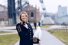 Mineiro da mulher de funcionamento no uniforme da parada da gala Foto de Stock Royalty Free