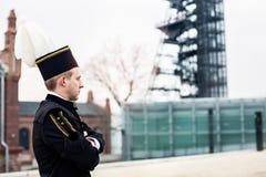 Mineiro do contramestre do homem de funcionamento no uniforme da parada da gala fotografia de stock