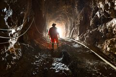 Free Miner Inside An Underground Gold And Copper Mine Stock Photo - 190549650