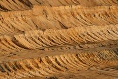 Mineração aberta de carvão de Brown imagens de stock royalty free