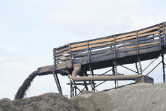 Mineração da areia do rio Imagens de Stock