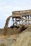 Mineração da areia do rio Foto de Stock
