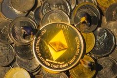 Mineração de Ethereum e mina ETH imagem de stock