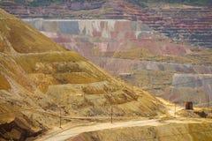 Mineração de poço aberto na sobremesa Imagens de Stock Royalty Free