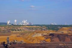 Mineração do lignite e centrais eléctricas Imagem de Stock Royalty Free