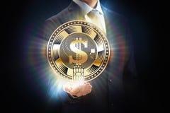 A mineração do negócio da moeda de Cryptocurrency mordeu o projeto de conceito, corrente de bloco à disposição foto de stock royalty free