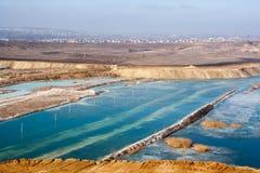 Mineração inundada da pedreira do giz em Belgorod, Rússia fotos de stock royalty free
