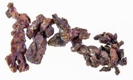 minerai de cuivre indigène cru sur le blanc images libres de droits