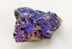 Mineral de pavo real iridiscente Fotografía de archivo libre de regalías